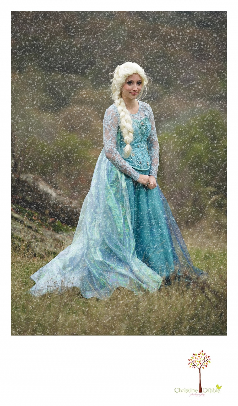 Sonora Elsa photographer Christine Dibble Photography photographs the beautiful princess Elsa in a snowstorm of her making while she visited Sonora at Christmas time.