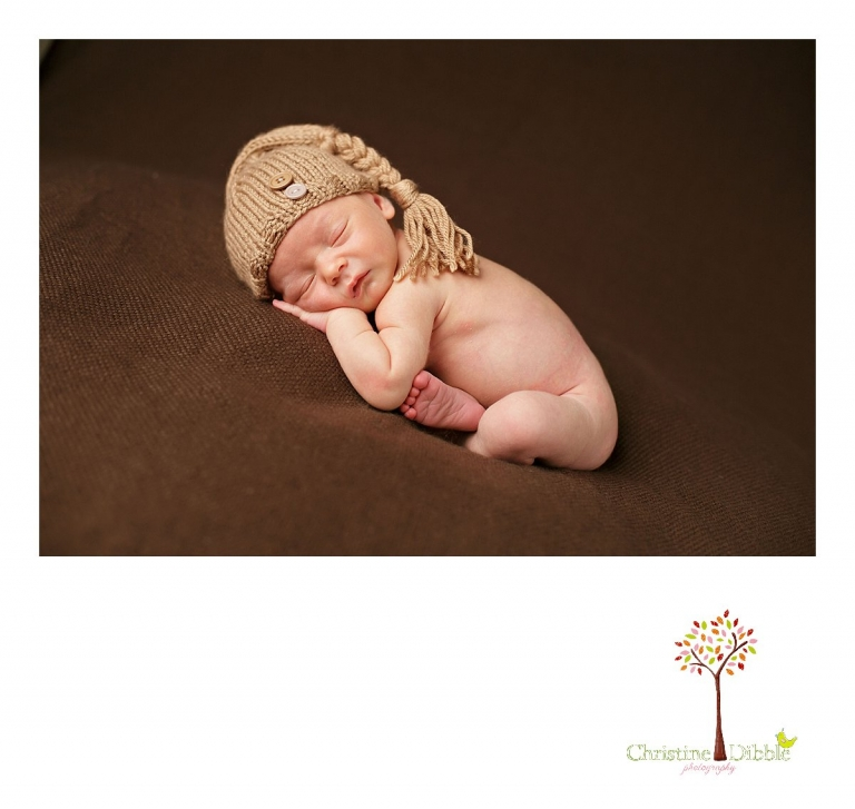 Best Sonora newborn photographer Christine Dibble Photography takes newborn photography sessions on the road to people's houses if they do not want to visit her studio.