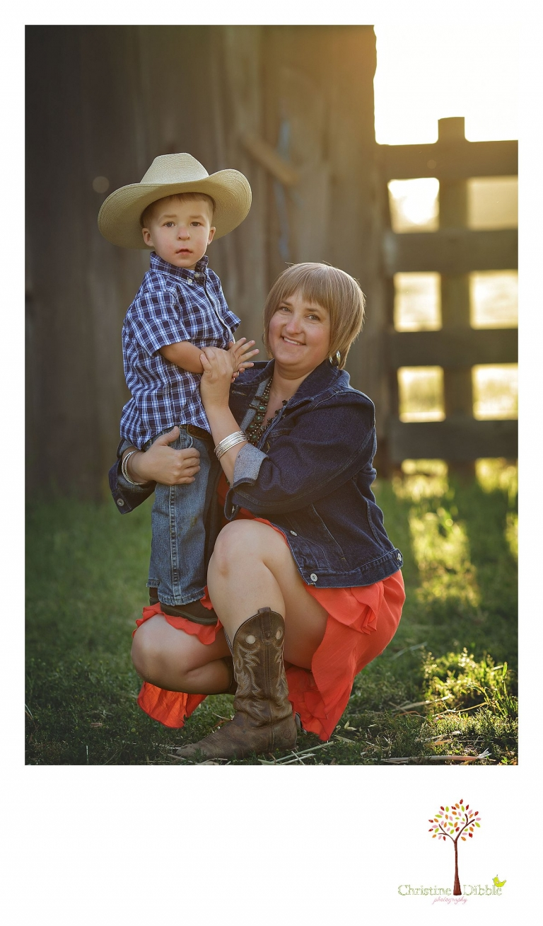 Sonora child photography by Christine Dibble Photography captures a three year old boy as he cuddles with his mother at a family ranch.