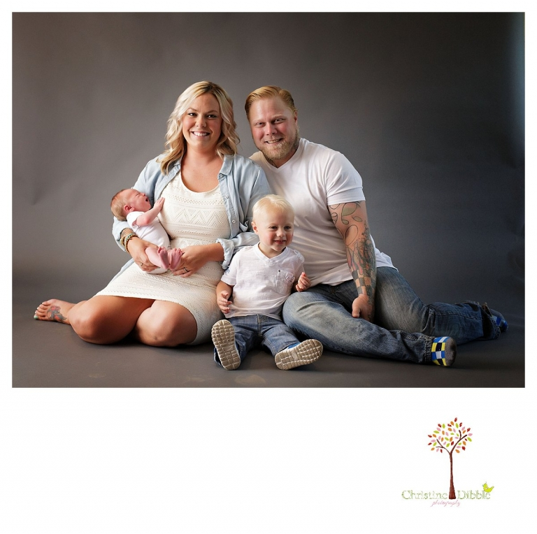 Sonora newborn photography by Christine Dibble Photography includes family photos.