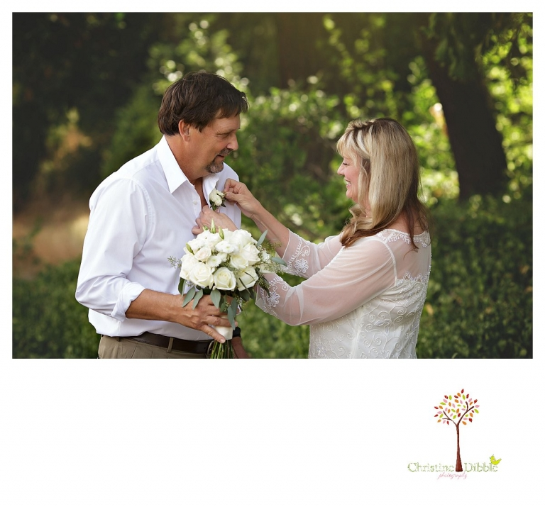 Wedding photography in Sonora by Christine Dibble Photography documents a summer wedding at Twain Harte Tree Farm.