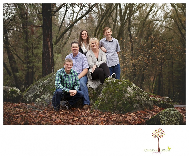 Sonora Family Photographer Christine Dibble Photography takes family portraits of a family as mom fights breast cancer.
