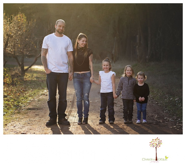 Sonora Family photographer Christine Dibble Photography takes extended family portraits at Indigeny Reserve to document a family all together as one fights cancer.