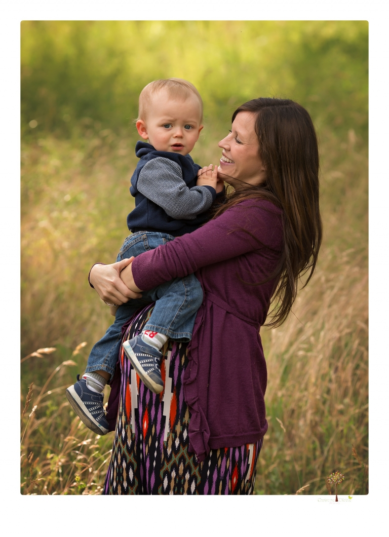 Sonora maternity photographer Christine Dibble Photography photographs a mommy and me maternity session at Indigeny Reserve.