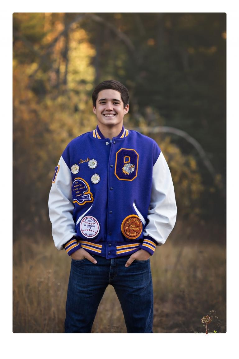 Orestimba senior portrait photographer Christine Dibble Photography of Sonora takes senior and family portraits of a football, baseball and basketball player in Long Barn.