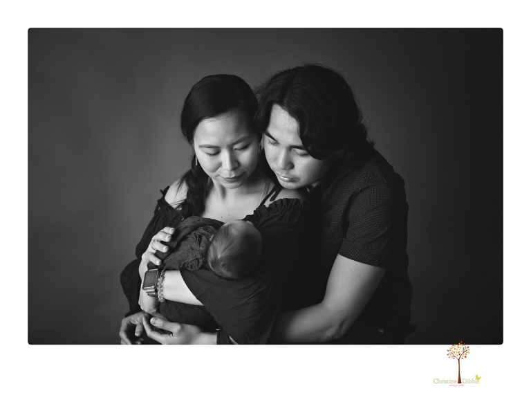 Sonora newborn photography by Christine Dibble Photography includes studio newborn portraits of family and baby.