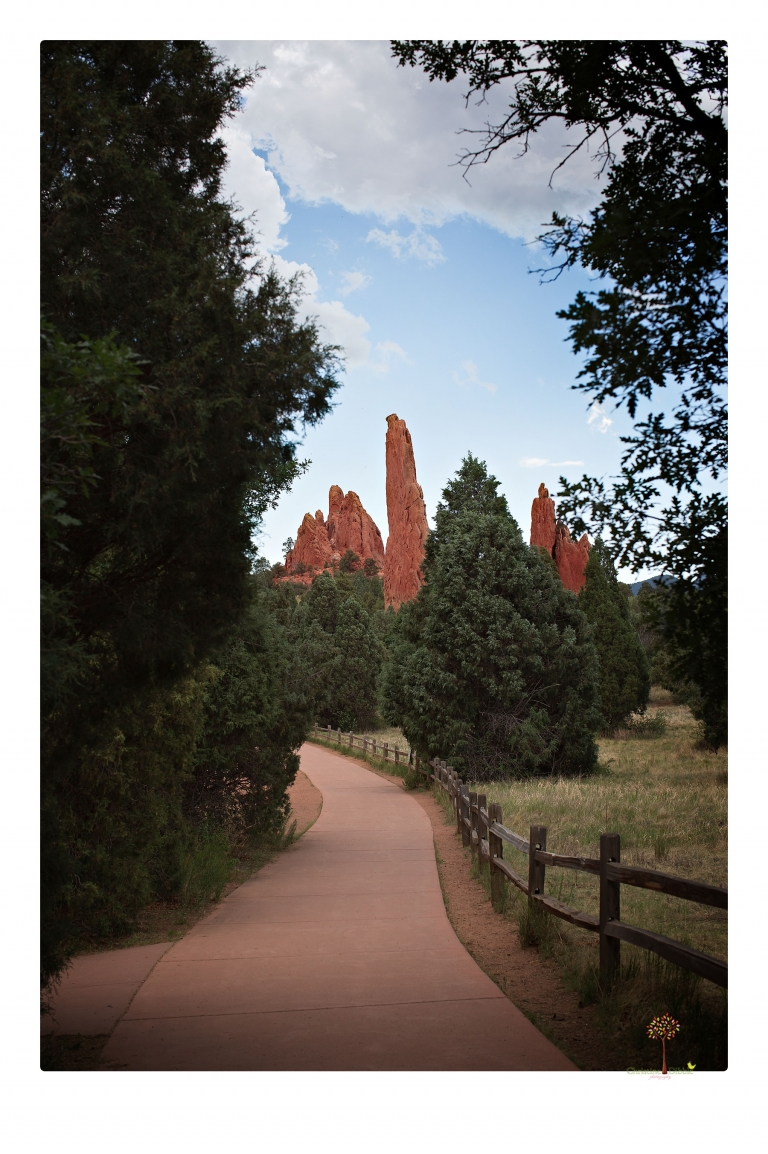 Sonora photographer Christine Dibble Photography travels to Colorado Springs to photograph landscape images at Garden of the Gods Park.